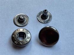 Кнопка АЛЬФА АНТИК металлическая 15мм с КРЫШКОЙ - фото 6461